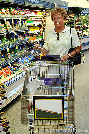 Free Senior Woman Grocery Shopping Royalty Free Stock Photo - 3048705