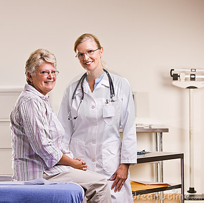 Free Senior Woman Having Checkup In Doctor Office Royalty Free Stock Photography - 17049927