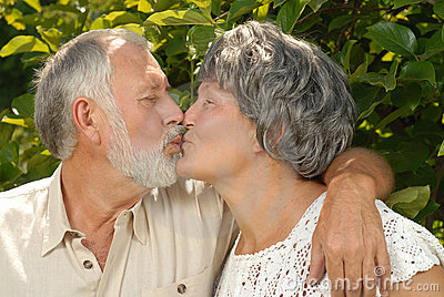 Seniors kissing