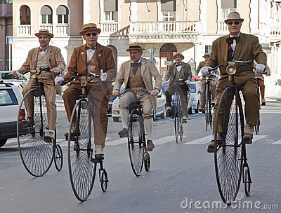 Seniors old cycles,cycling through history event Editorial Stock Photo