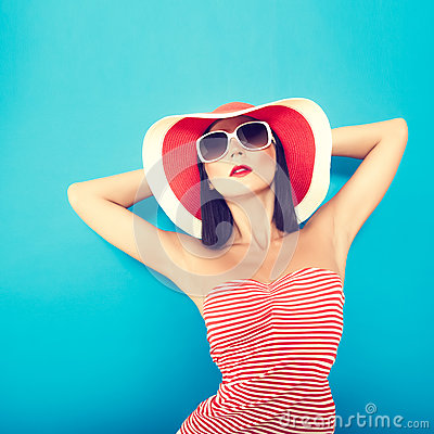 Free Sensual Girl Summer Stock Images - 25340114