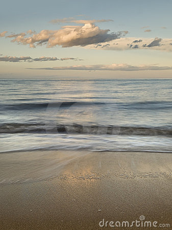 Free Serene Seascape Stock Photos - 14284483