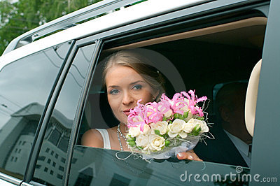 Serenity bride with flowers