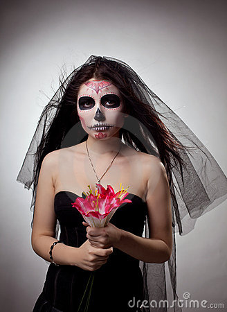 Free Serious Woman In Skull Face Art Mask And Flowers Royalty Free Stock Photography - 22611097