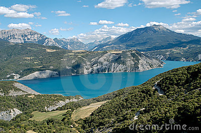 Serre-Ponçon Lake (Alp- France)