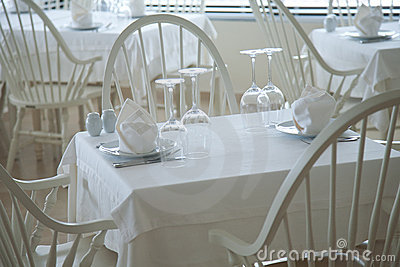 Served restaurant tables
