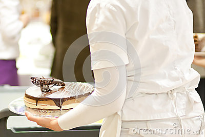 Serving a cake