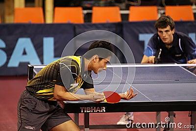 Serving Kaii Yoshida - table tennis
