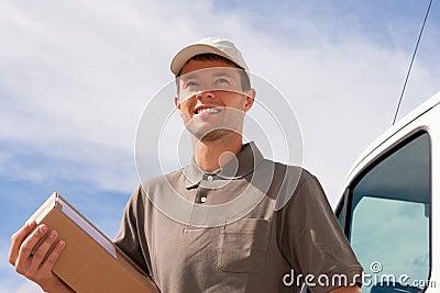 Servizio postale - consegna di un pacchetto