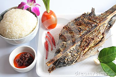 Set grilled fish.