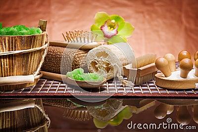 Set of natural bath accessories