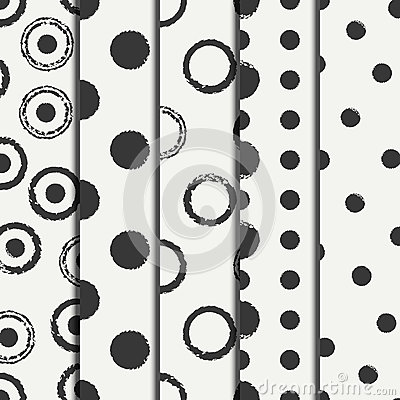 Free Set Of Hand Drawn Seamless Pattern With Black Grunge Rings, Circle. Wrapping Paper. Abstract Vector Background. Brush Royalty Free Stock Image - 74370666