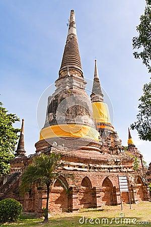 Free Set Of Ruin Pagoda In Ayutthaya Stock Photo - 20518180