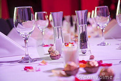 Set restaurant table for special occasion
