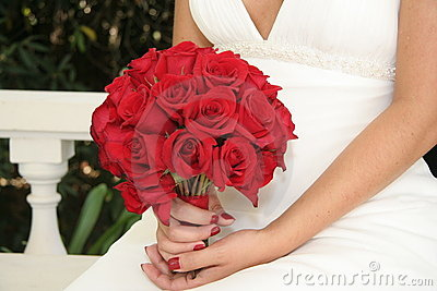 Setting Bride Red Bouquet White Gown