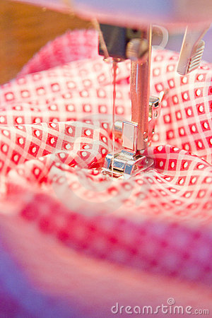 Free Sewing Machine Royalty Free Stock Images - 23329799