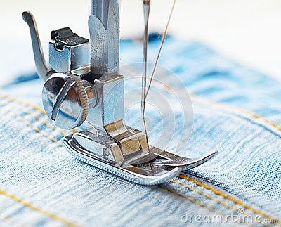 Sewing machine and blue jeans fabric