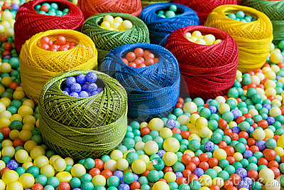 Sewing threads and polystyrene balls