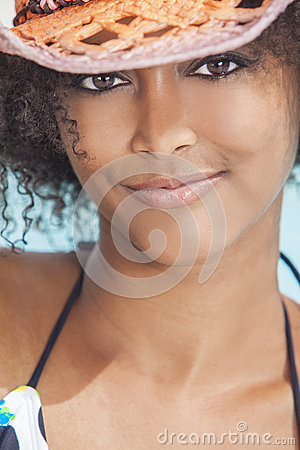 Free Sexy African American Woman Girl In Cowboy Hat Royalty Free Stock Images - 27303409