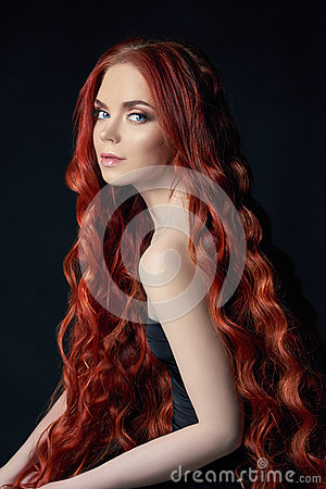 Free Sexy Beautiful Redhead Girl With Long Hair. Perfect Woman Portrait On Black Background. Gorgeous Hair And Deep Eyes Natural Beauty Stock Photo - 94328100