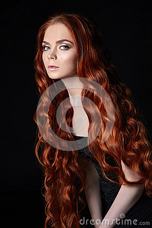 Free Sexy Beautiful Redhead Girl With Long Hair. Perfect Woman Portrait On Black Background. Gorgeous Hair And Deep Eyes Natural Beauty Royalty Free Stock Image - 94328166