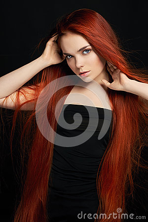 Free Sexy Beautiful Redhead Girl With Long Hair. Perfect Woman Portrait On Black Background. Gorgeous Hair And Deep Eyes Natural Beauty Royalty Free Stock Photography - 94329037