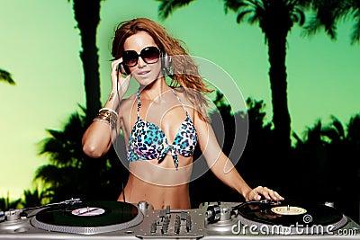 Sexy bikini dj