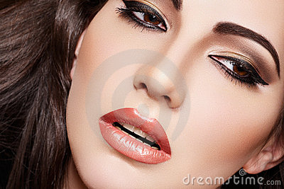 Sexy brunette woman model, fashion glamour make-up