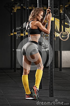 Free Sexy Fitness Woman In Gym. Sporty Muscular Girl, Workout Stock Photography - 108703482
