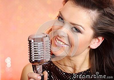 Sexy Girl singing in retro mi