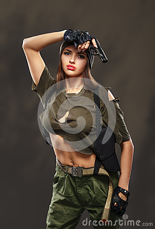 Free Sexy Military Girl With Gun. Royalty Free Stock Images - 49493839