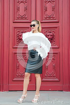Free Sexy Woman In Sunglasses With Long Hair. Woman In High Heel Shoes On Red Door In Paris, France. Beauty Girl With Glamour Look. Fas Stock Images - 116065514