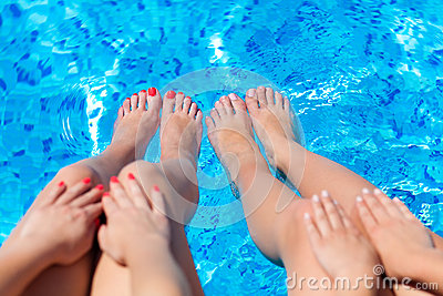 Sexy Women Legs Splashing In Swimming Pool Stock Images Image 31424604