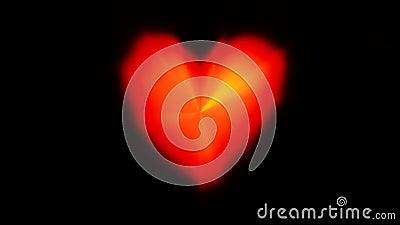 Sfondo nero di riflesso rosso del cuore del battito