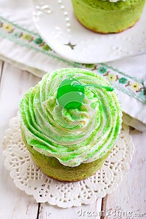 Free Shamrock Cupcakes Royalty Free Stock Image - 49612486