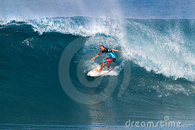 Shane Dorian Surfing in the Pipeline Masters Editorial Stock Image
