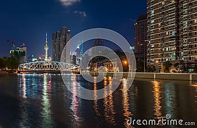 Shanghai nocturnal