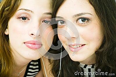 Sharing earphones