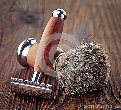 Free Shaving Razor And Brush Stock Image - 64823421