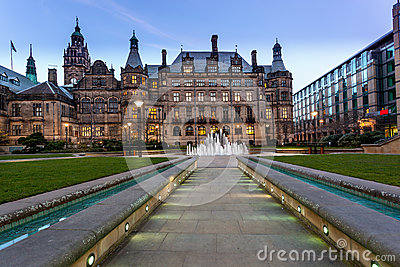 sheffield town hall path stock photo image 39114648. Black Bedroom Furniture Sets. Home Design Ideas