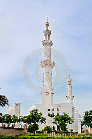 Sheikh Zayed Mosque on June 5, 2013 in Abu Dhabi Editorial Photography