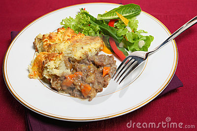 Shepherd s pie meal on cloth