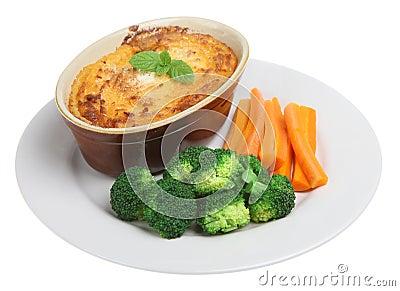 Shepherds Pie & Vegetables Stock Photos - Image: 6354233