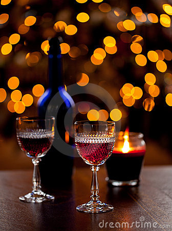 Free Sherry Glasses In Front Of Xmas Tree Stock Photography - 22460522