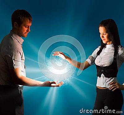 Free Shining Energy Ball Royalty Free Stock Photography - 13511677