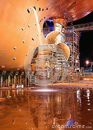 Free Ship At Shipyard For Repairs Stock Images - 8883264