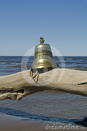Free Ship Bell Of Titanic Ship Royalty Free Stock Images - 24349169