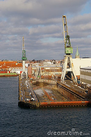 Free Ship Dry Dock Stock Images - 1913554