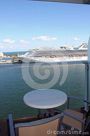 Ship för hav för balkongkryssningoas
