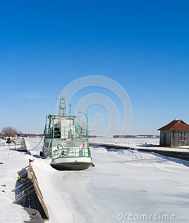 Ship frozen at dock